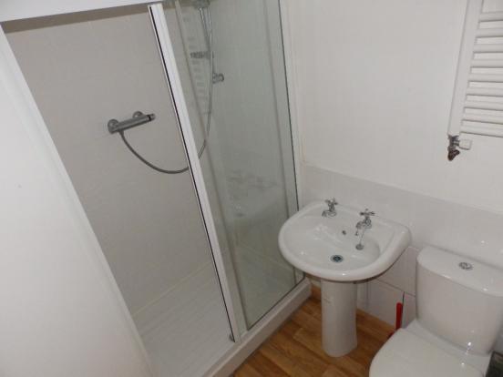 GF Shower Rm