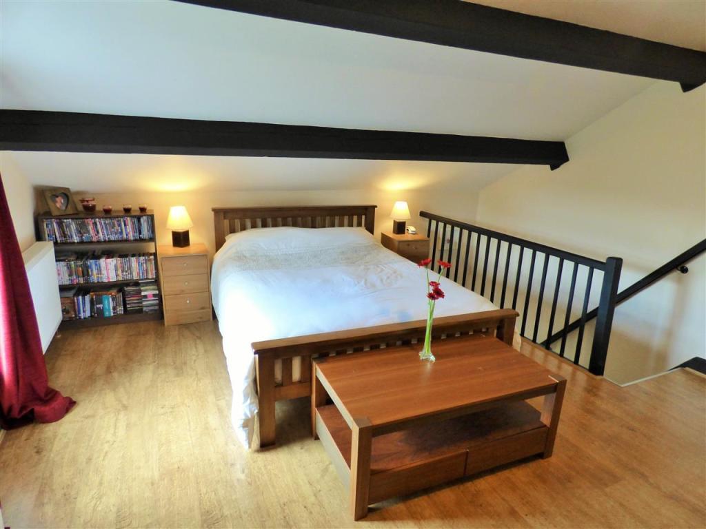 Attic Bedroom/Master