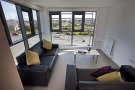 Cluster flat lounge