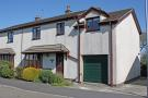 4 bed semi detached home to rent in Maes Derwydd, Llangefni...