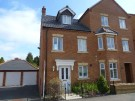 Town House to rent in Weighbridge Way, Raunds...