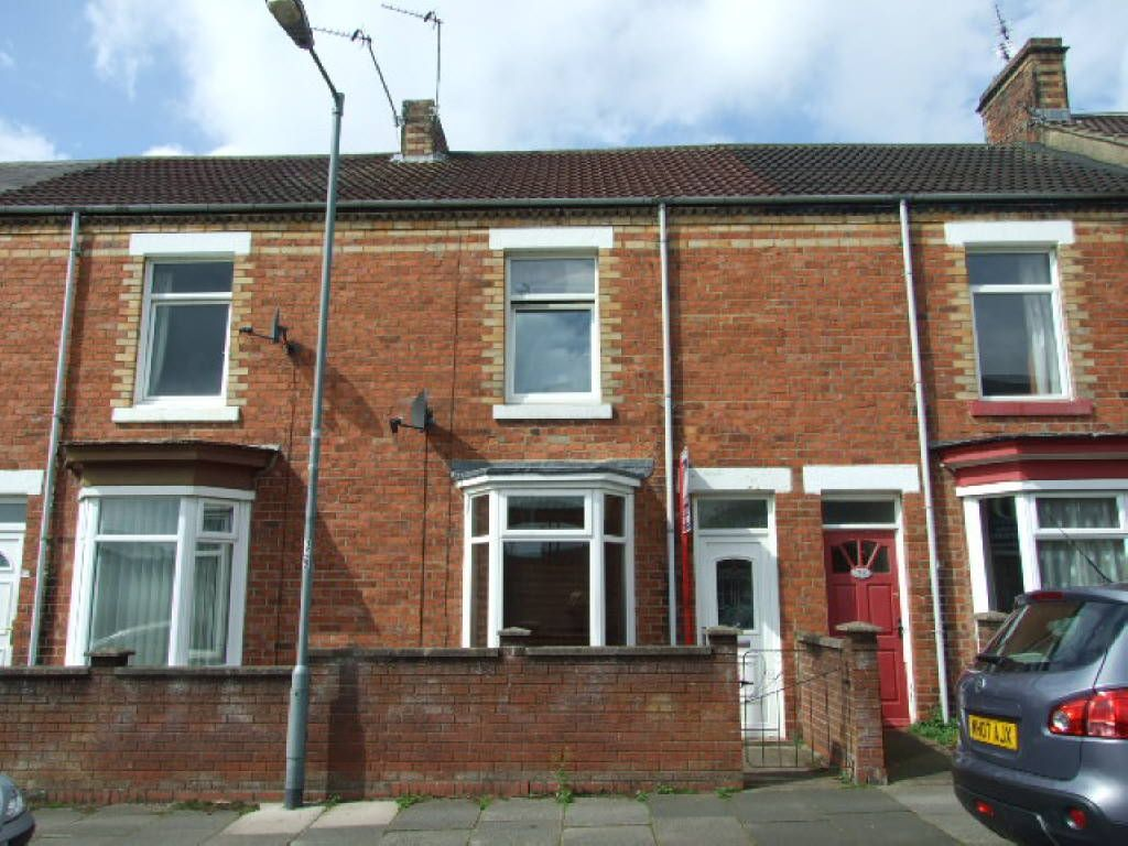 2 bedroom terraced house to rent in east view terrace for Terrace of the house