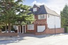 6 bedroom Detached house for sale in Beaufort Road - Haymills...