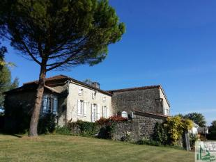 Detached home in Monflanquin...