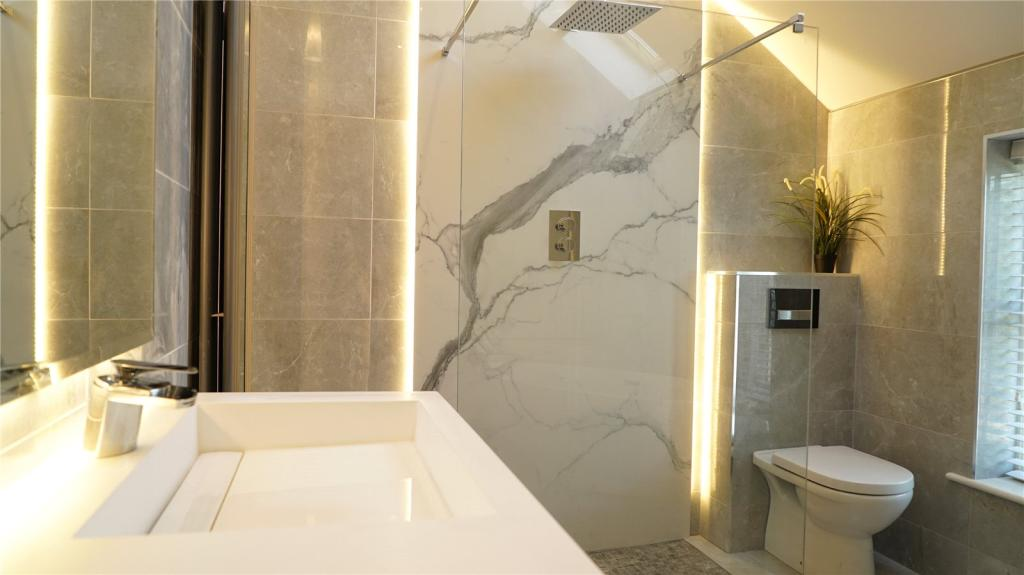 Large Feature Shower