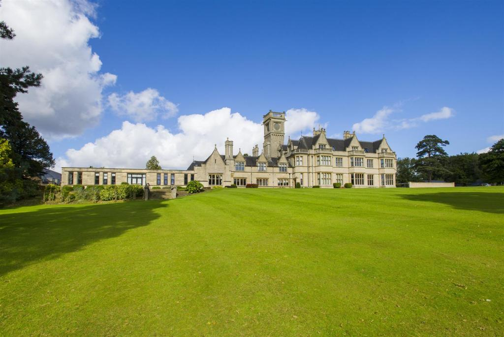 Widmerpool Hall- Fro