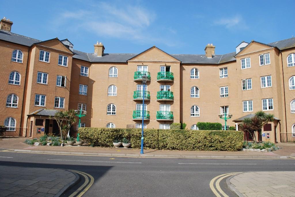 2 Bedroom Apartment To Rent In Wellington Court Brighton Marina Village Bn2 Bn2