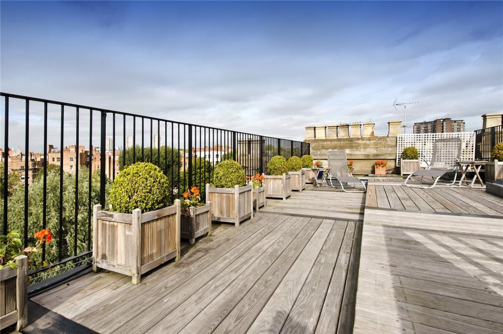 Roof Terrace 2