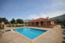 4 bed Bungalow in Mugla, Fethiye, �z�ml�
