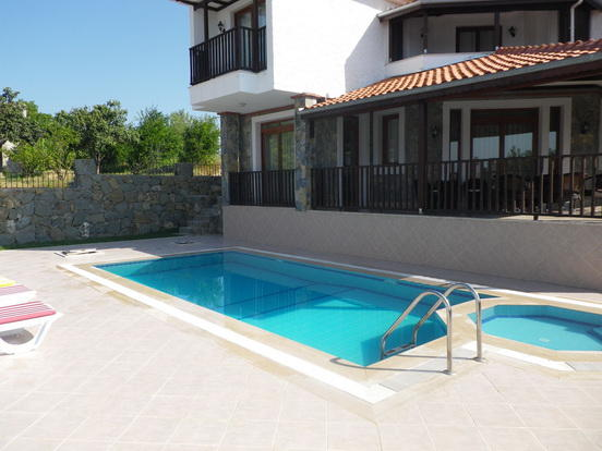 Split Level Pool