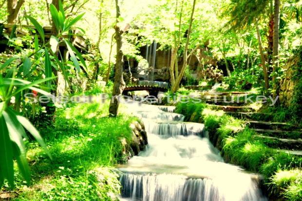 Nearby Yaka Park