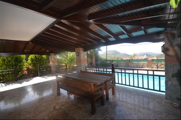 Terrace - pool view