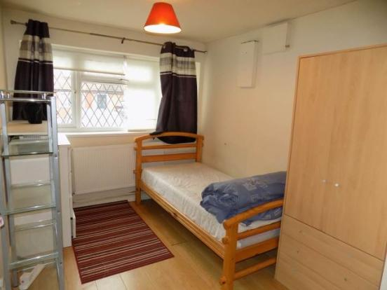Living/bedroom