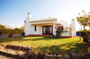 Villa for sale in Albufeira, , Portugal