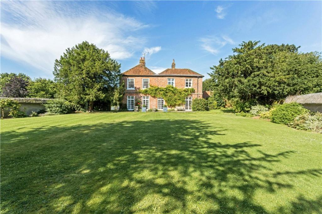 5 Bed House For Sale
