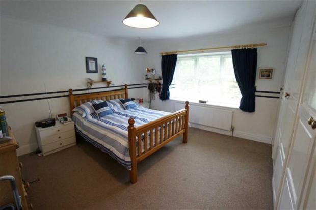 Bedroom No 1 / Ystaf