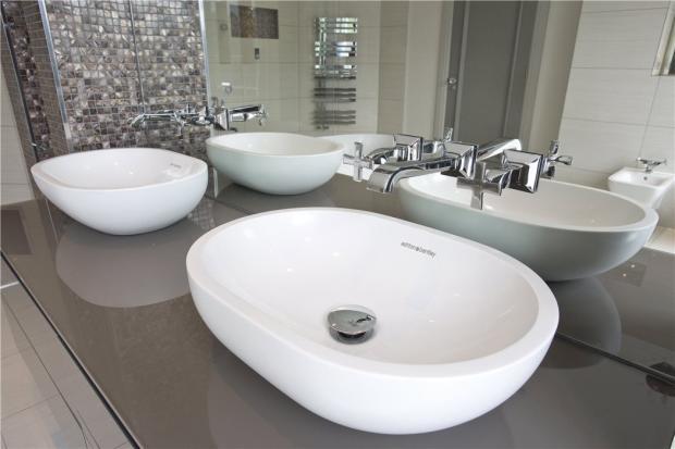 Cobham Bathroom