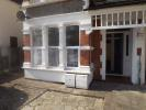 £850 pcm (PRICE CHANGED) : 2 bedroom ground floor flat to rent : BAXTER AVENUE, Southend-On-Sea, SS2