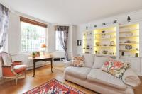 1 bedroom Flat for sale in Pembridge Square, W2