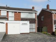 4 bed semi detached home to rent in Billericay