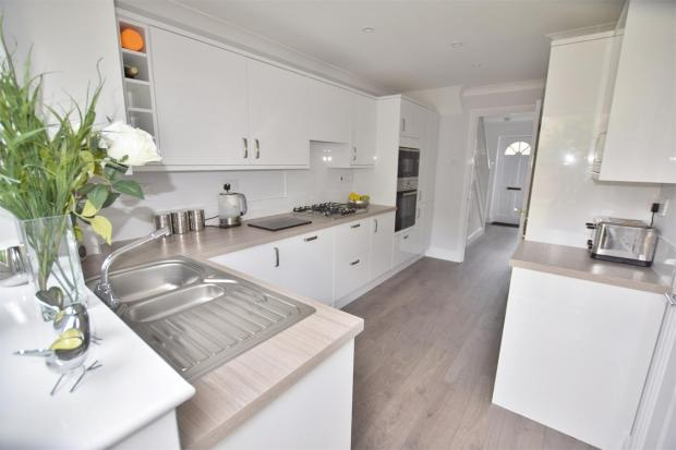 Fully Fitted Kitche