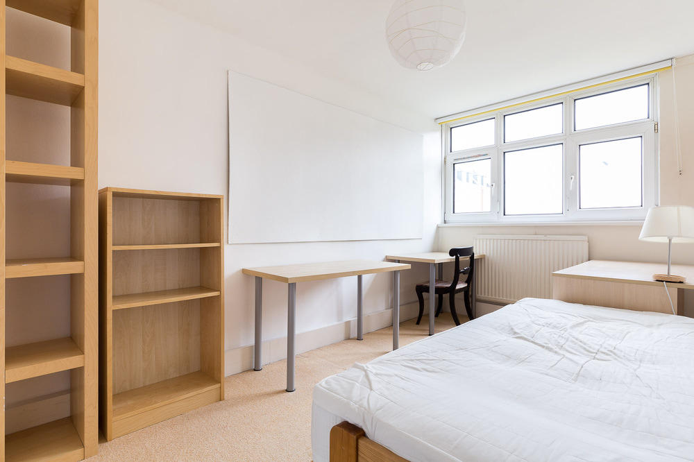 3 Bedroom Flat To Rent In Woking Close Sw15 3 Bed 1 Rec 2 Bath Furn Sw15