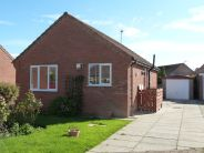 2 bed Bungalow to rent in Oakdene, Goole