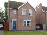 Detached house to rent in Queens Drive, Goole