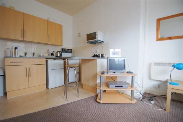 Lounge/Kitchen Flat