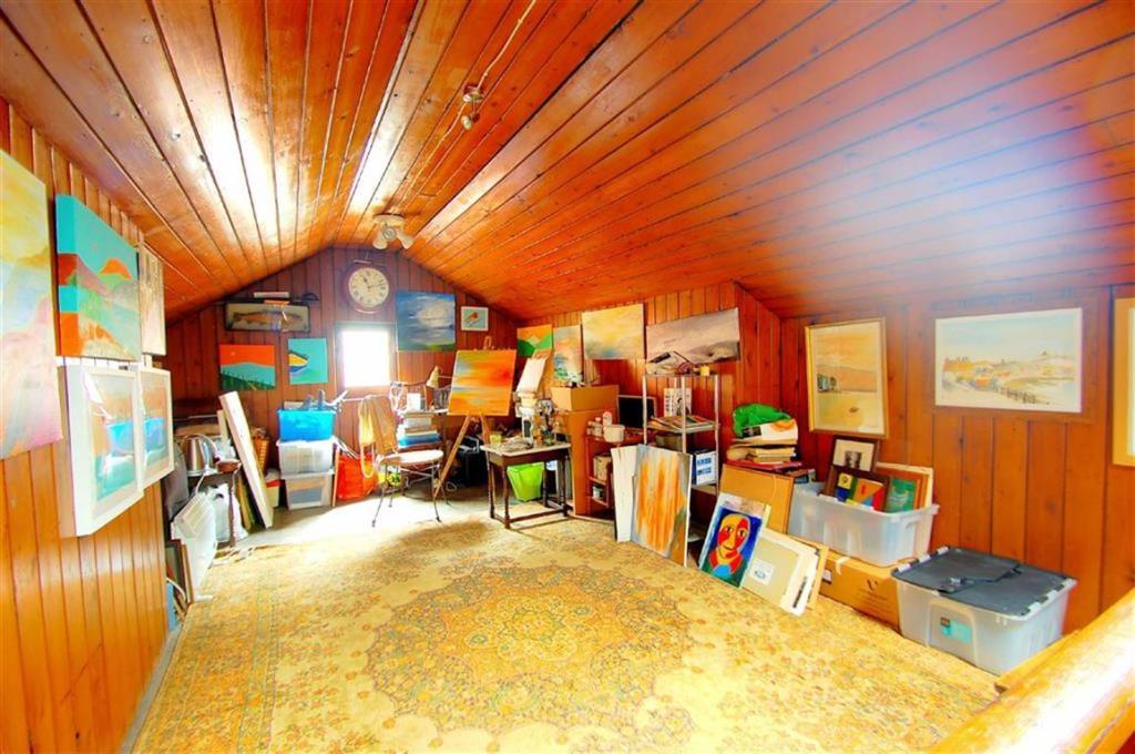 Loft Room/Art Studio