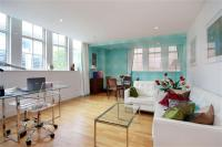 Flat to rent in 47 Marsham Street...
