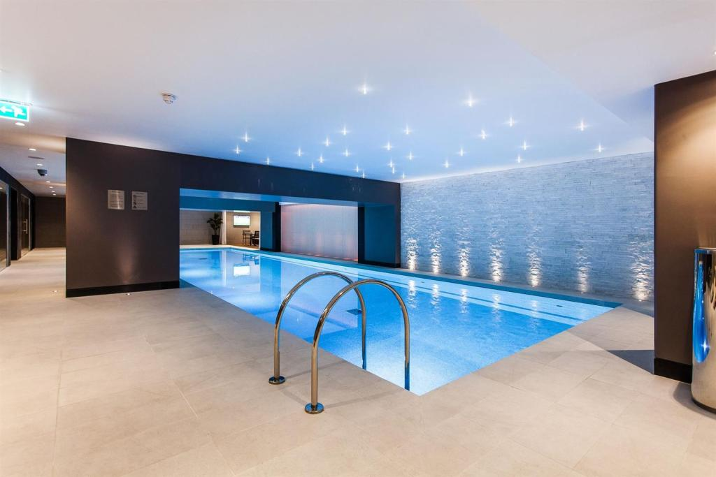 Swiming pool3.jpg
