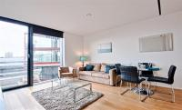 Flat to rent in 60 Holland Street...