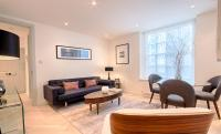 3 bed Flat for sale in Reynolds House...