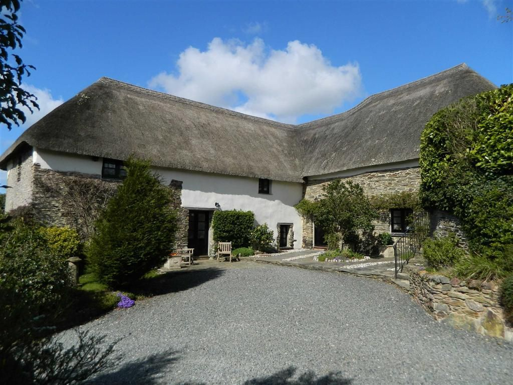 4 bedroom detached house for sale in dunstone nr for Kingsbridge house