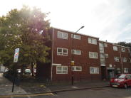 2 bedroom Flat in Berwick Road, London, E16