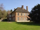 Country House to rent in Hunton, Kent