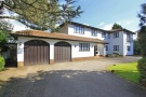 5 bedroom Detached home in Barham Avenue, Elstree...