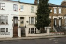 2 bedroom Flat in West End Lane...