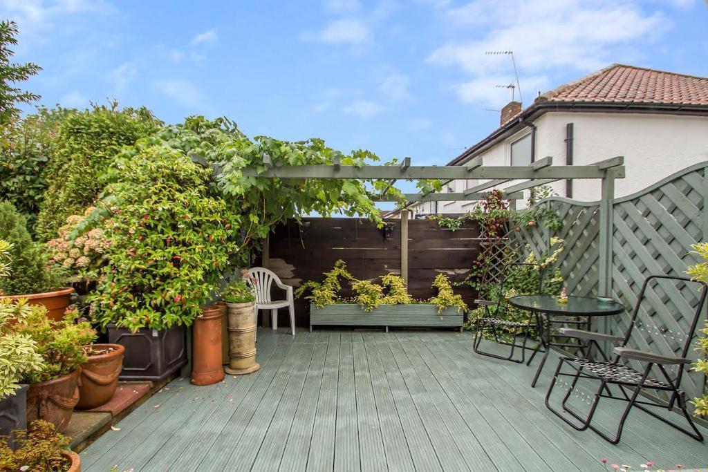 Garden/Decking