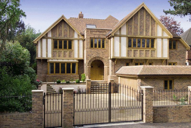 7 bedroom detached house for sale in chislehurst london for Homes to build on acreage