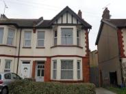 4 bed semi detached property to rent in Hamlet Court Road...