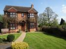 5 bed Detached home in The Paddock...