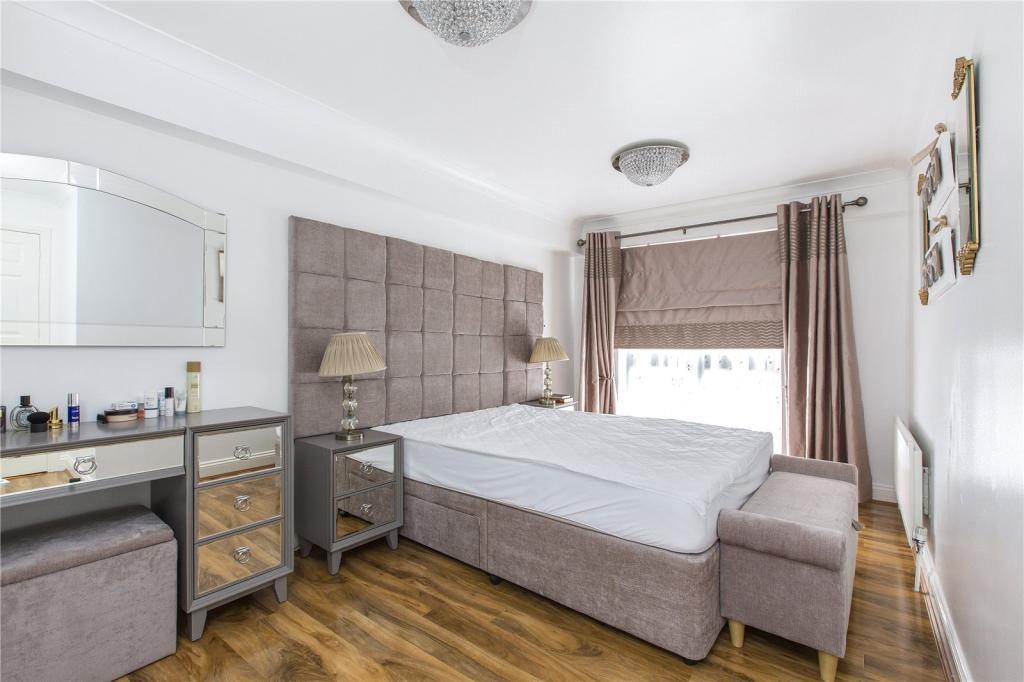 3 Bedroom Flat To Rent In Vauxhall Bridge Road London SW1V SW1V