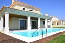 4 bed Villa in Albufeira,  Algarve