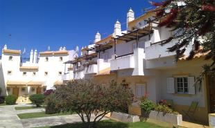 3 bed Town House in Alvor,  Algarve