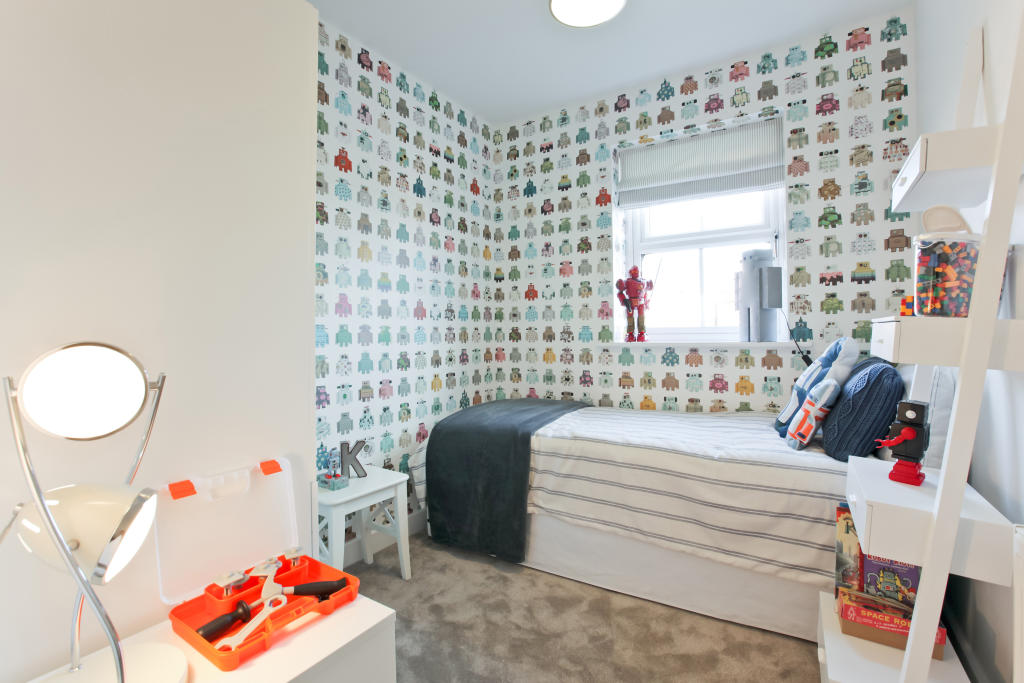 Astley_bedroom_3