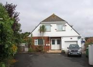 2 bed Flat in Roundham Crescent...