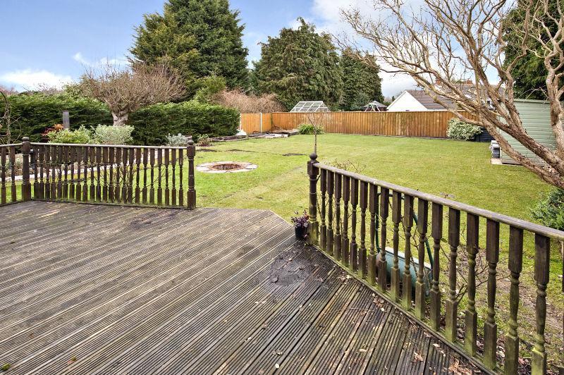 5 bedroom detached house for sale in ipswich road for Garden rooms ipswich