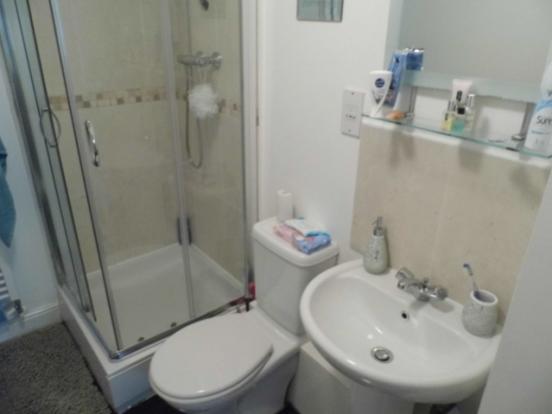 En-Suite Bathro...